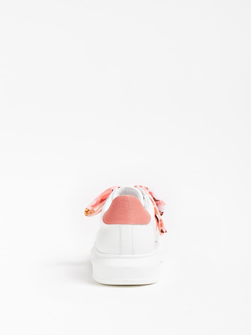 MARCIANO SNEAKER BOW image number 2