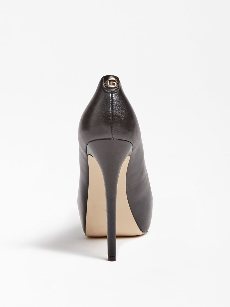 GIORGIA LEATHER PEEP-TOE COURT SHOE image number 2