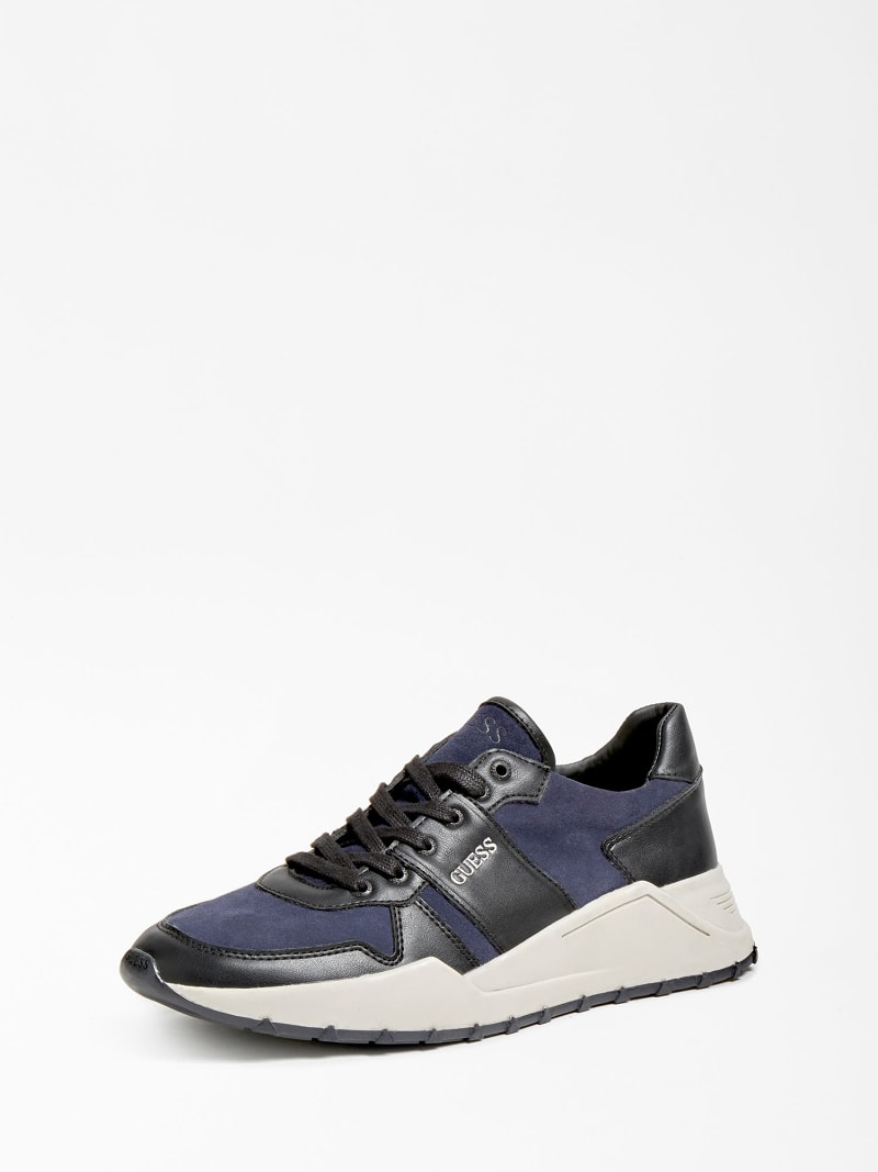 LUCCA GENUINE LEATHER RUNNING SHOE image number 0