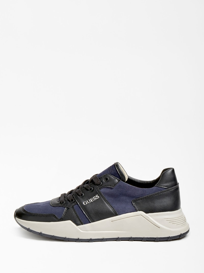 LUCCA GENUINE LEATHER RUNNING SHOE image number 1
