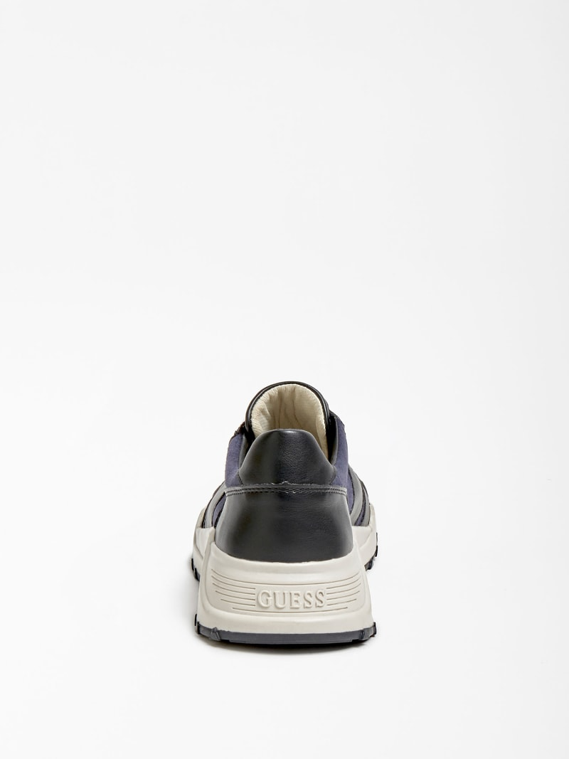 LUCCA GENUINE LEATHER RUNNING SHOE image number 2