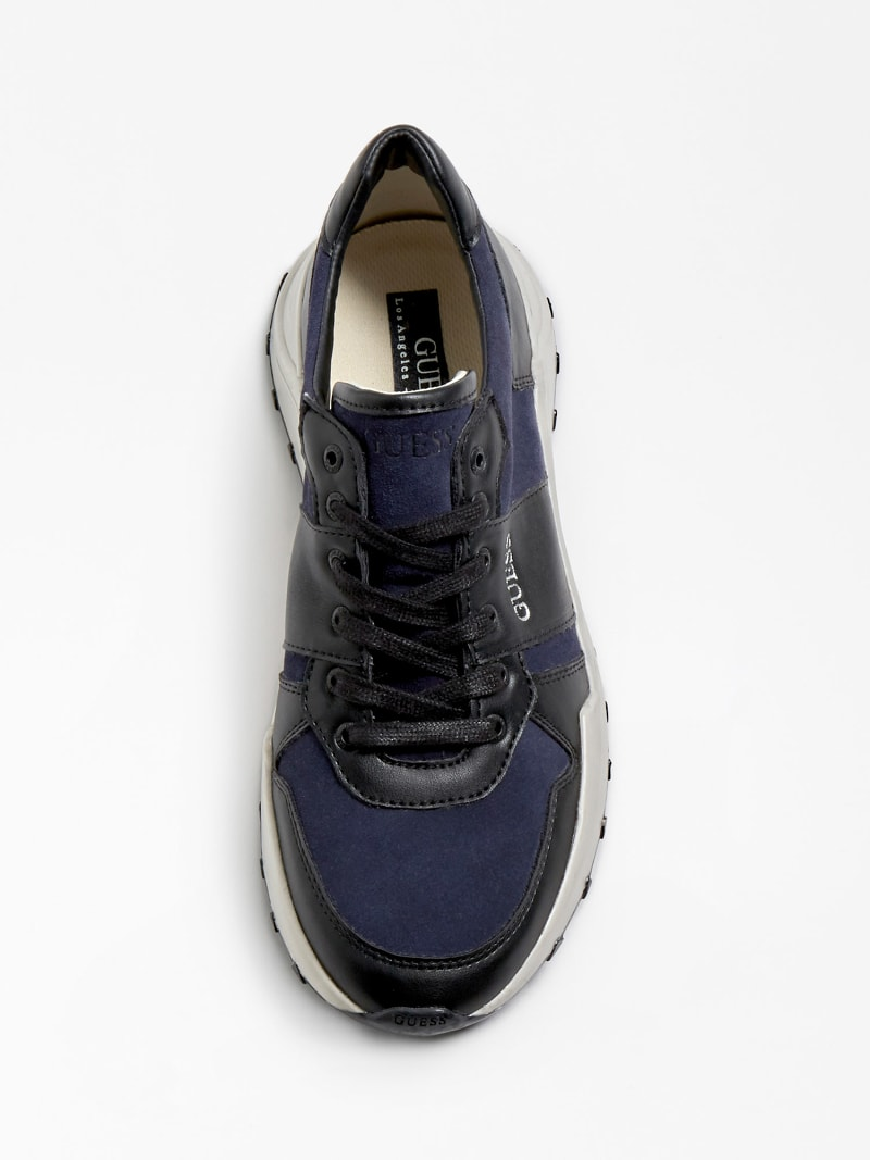 LUCCA GENUINE LEATHER RUNNING SHOE image number 3