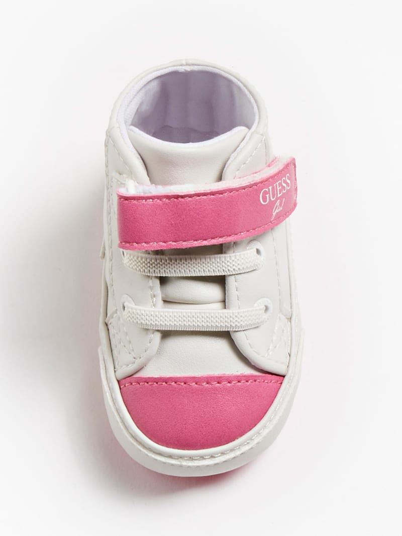 FLYNNA SNEAKER WITH STRAP FASTENING image number 3