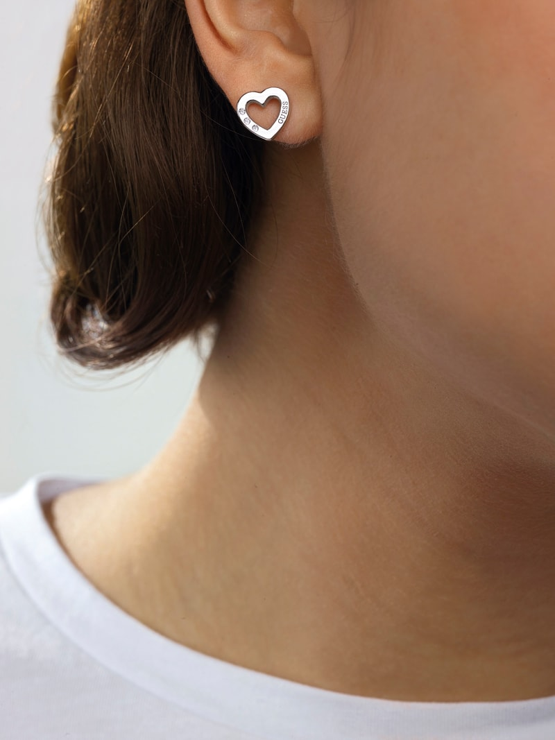 BOUCLES D'OREILLES HEARTED CHAIN COEUR image number 2