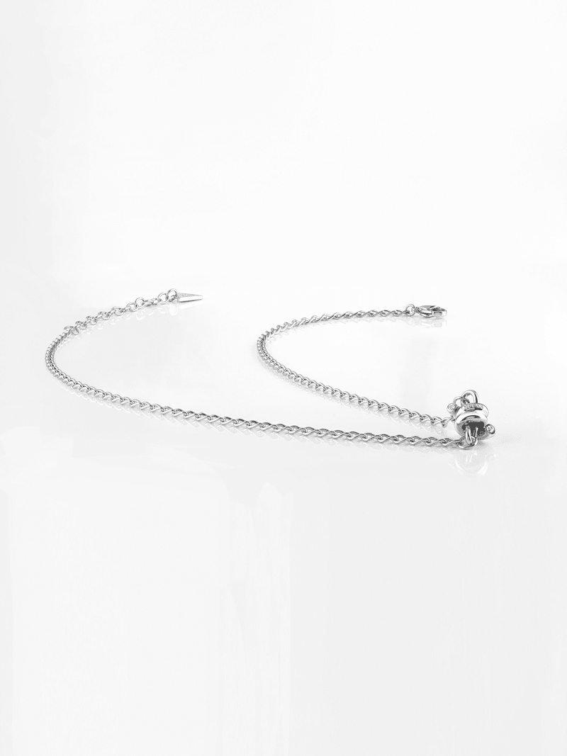 LOVE WIRE BARBED WIRE NECKLACE image number 1