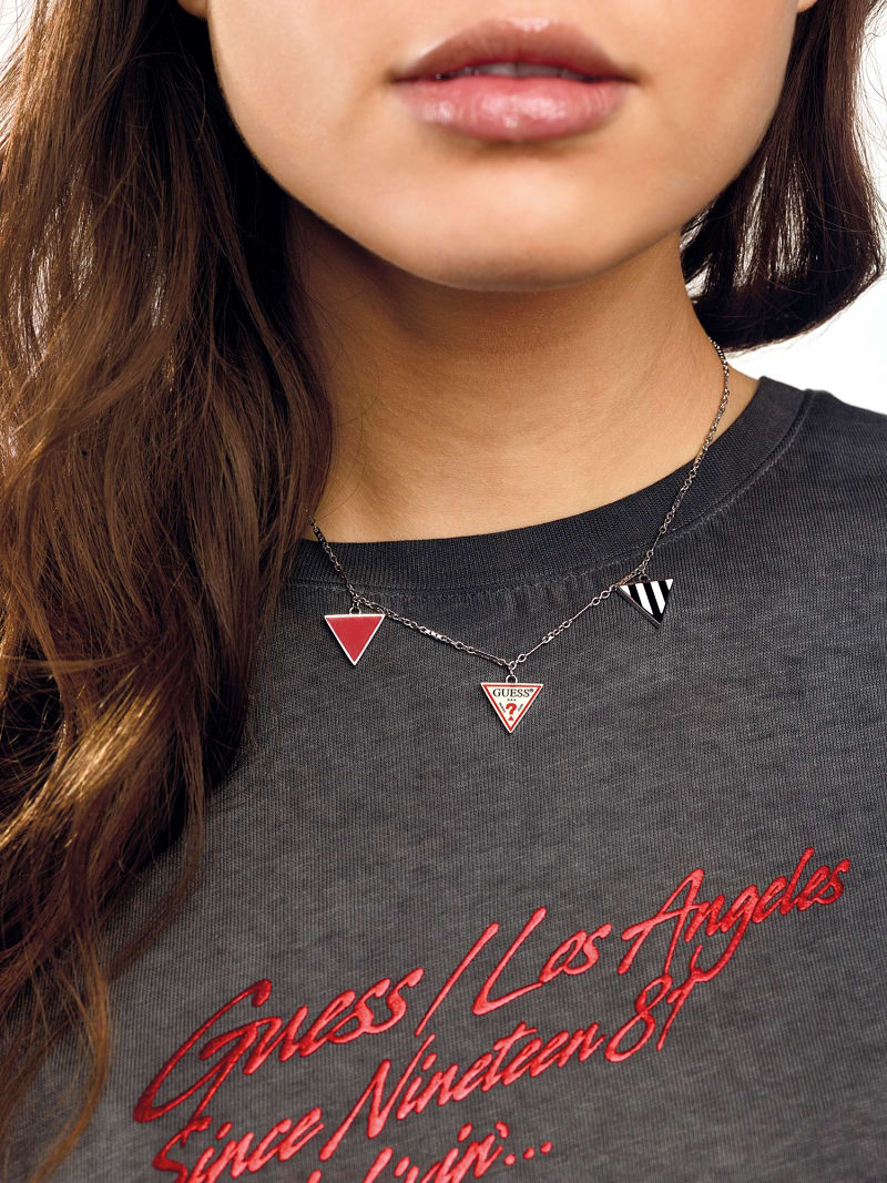 L.A. GUESSERS  3-CHARM LOGO NECKLACE image number 2