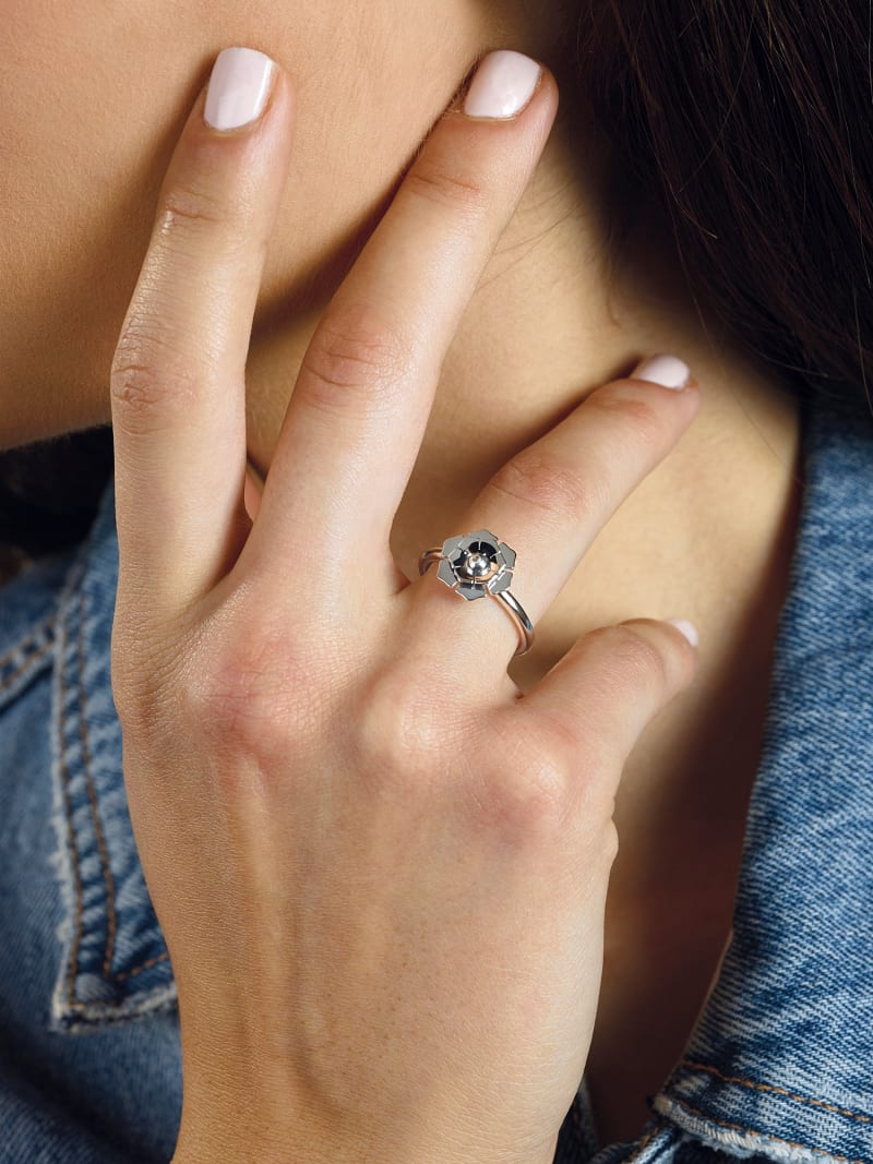 'GUESS PEONY' RING image number 2