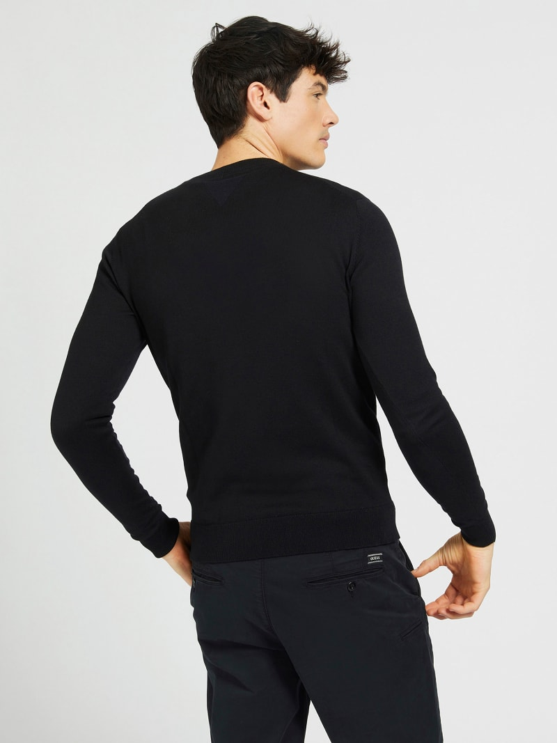 FRONT LOGO ROUND NECK SWEATER image number 2