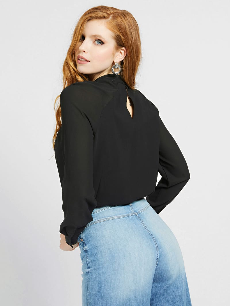 CUT-OUT BLOUSE image number 2