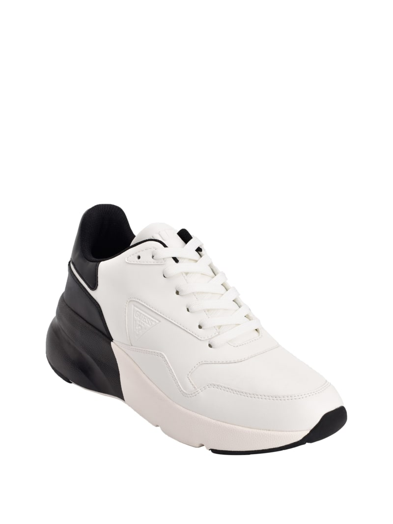 Theros Chunky Low-Top Sneakers
